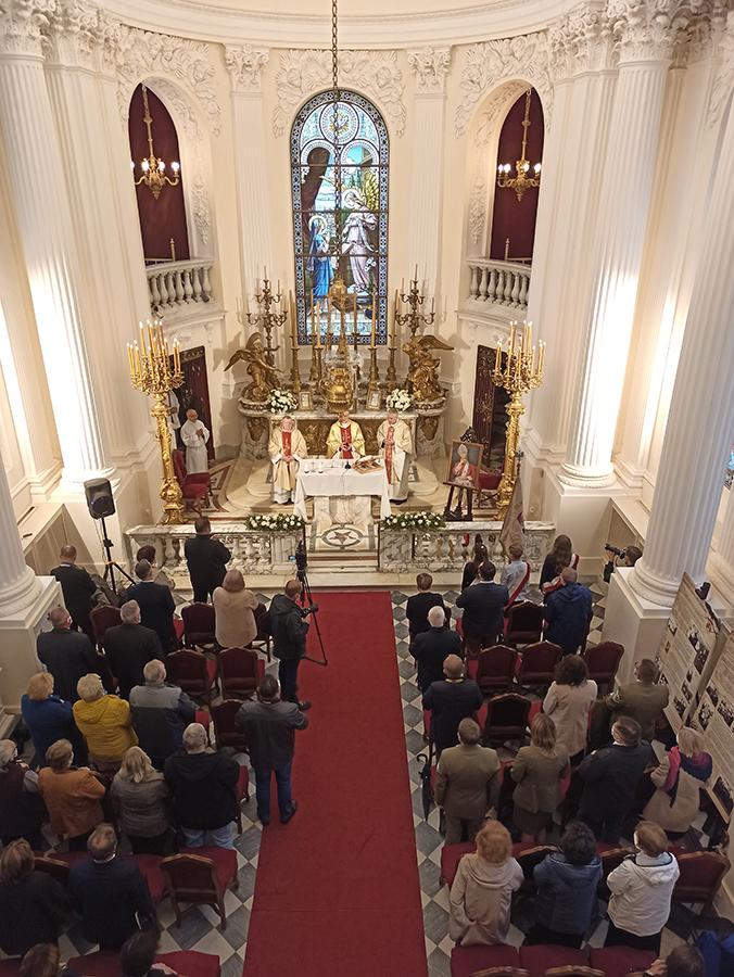 Msza św. w kaplicy pałacowej